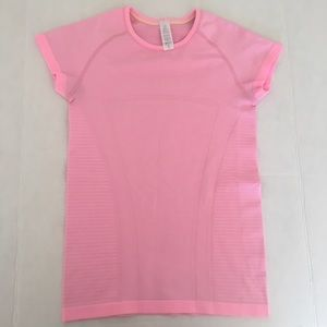 Ivivva Girl's 12 Short Sleeve Fly Tech Shirt